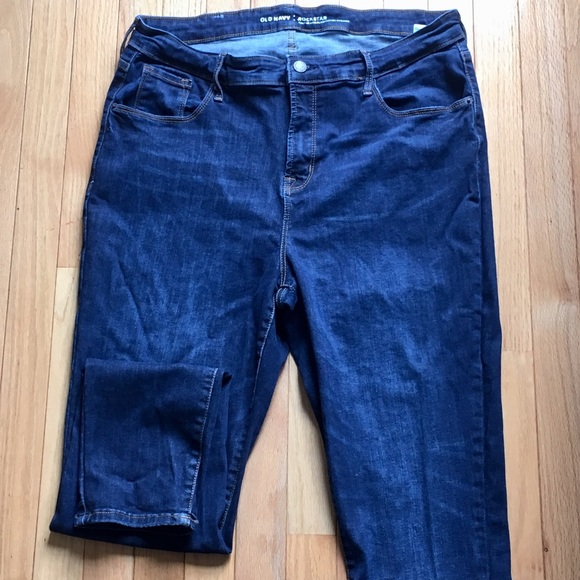 26a16271610 Old Navy High-Rise Built-In Sculpt Skinny Jeans 16.  M 5adba5f05512fd1ba61afb60